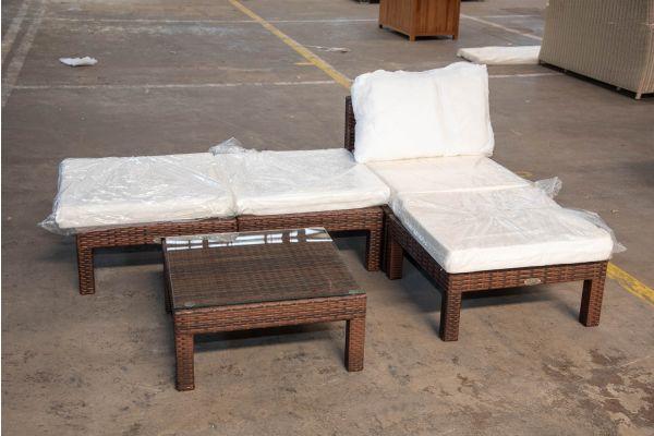#HBM 2396: Garnitur Fiji bestehend aus 1 Sitzelement und 3 Hockern mit Tisch-braun-meliert