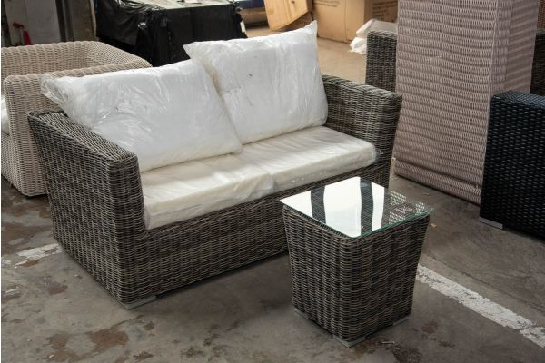 #HBM 2572: 2er Sofa mit Beistelltisch Mandal 5mm