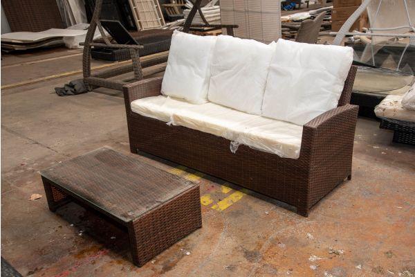 #HBM 2433: 3er Sofa Fisolo mit Couchtisch Casablanca