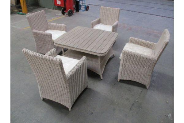 #HBM 1761: 4x Stuhl Fontana + Tisch Pandora WPC 80x80