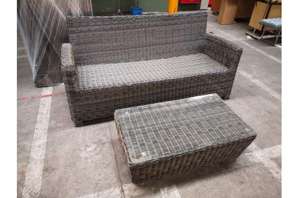 #G 1275: 3er Sofa Fisolo mit Tisch Mandal 5mm