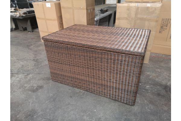 #G 1286: XXL Luxusauflagenbox