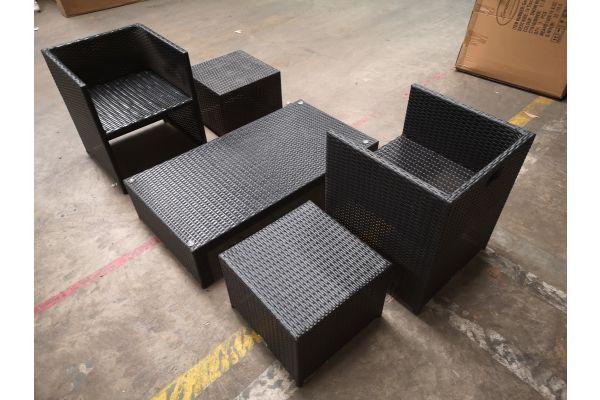 #G 1314: 2x Stuhl + 2x Hocker Tahiti + Tisch Casablanca schwarz