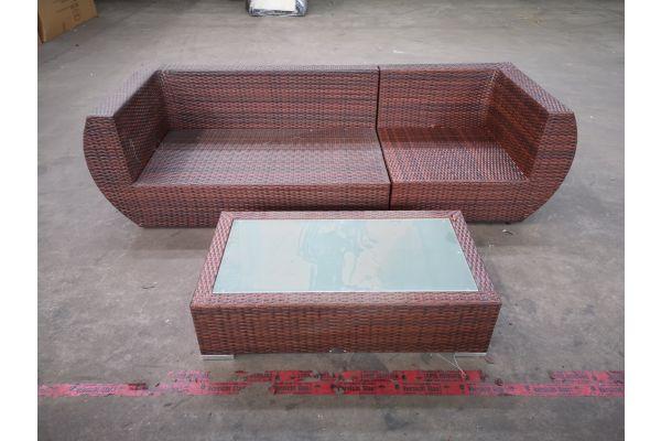 #HBM 1319: Sofa bestehend aus Eck- und Seitenelement Gibraltar mit Tisch Provence